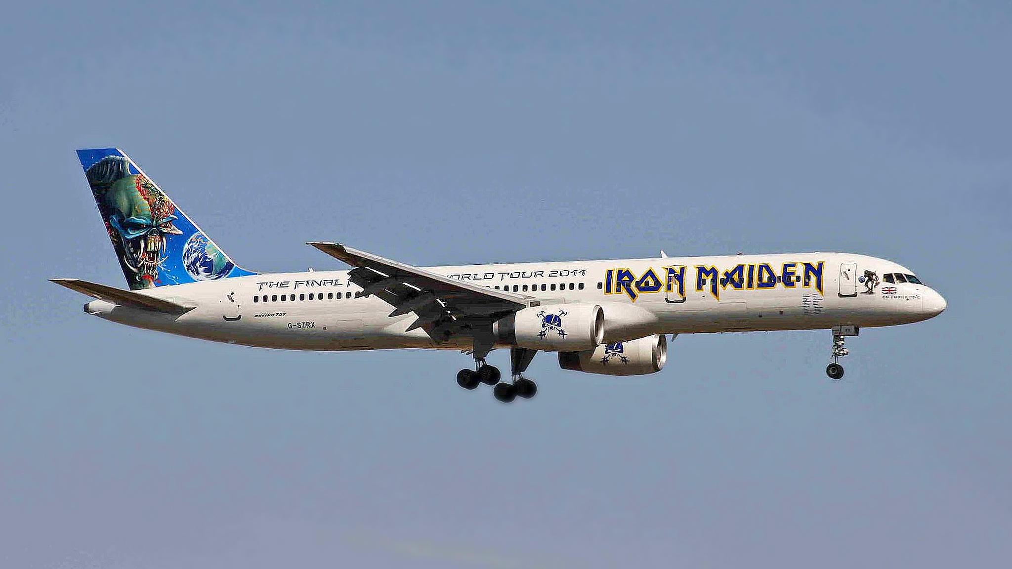 heavy metal am himmel: die boeing 747 von iron maiden | stern.de