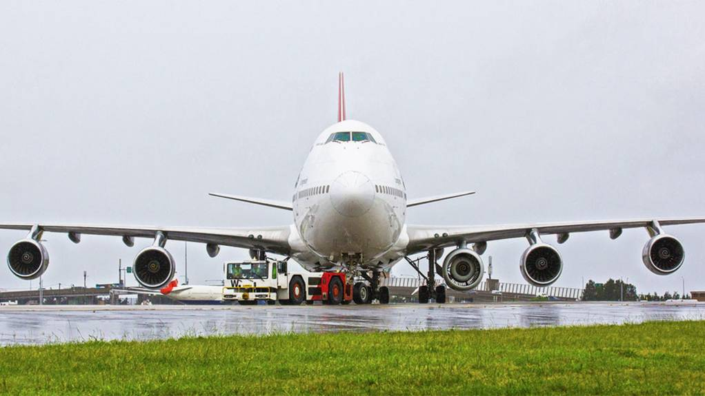 Follow Me: Warum ein Jumbojet mit fünf Triebwerken abhebt