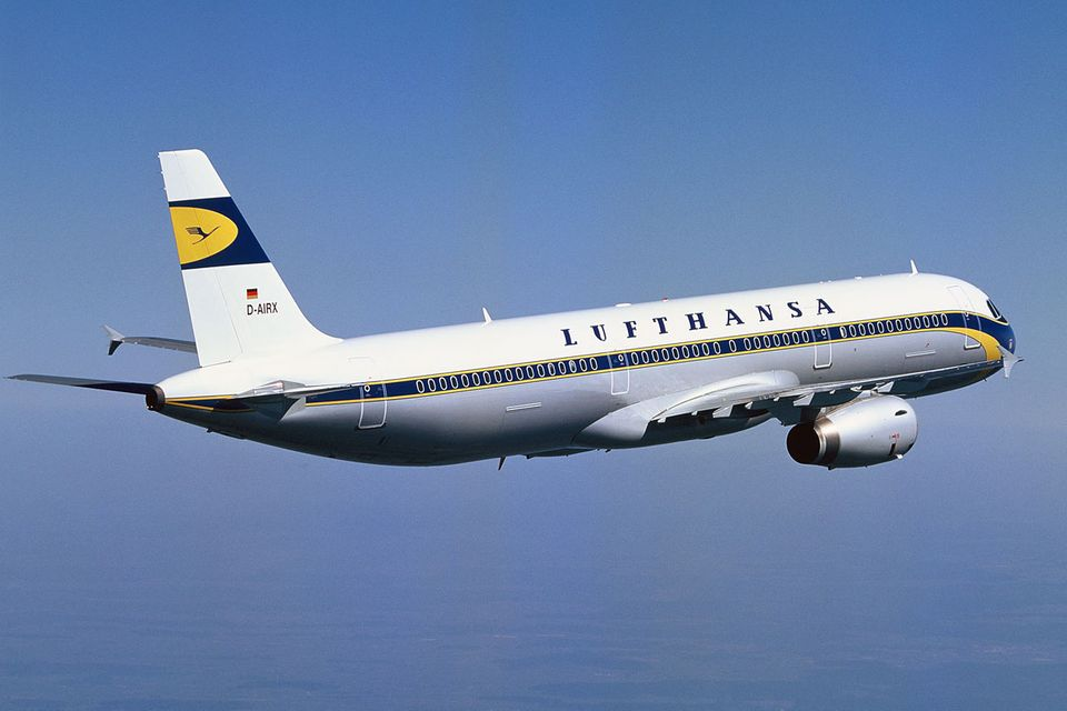 Follow me: Copyright: Lufthansa