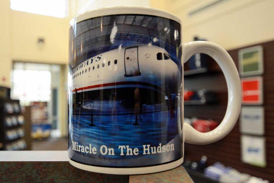 Follow Me: Landung auf dem Kaffeebecher: Souvenir aus North Carolina © Till Bartels