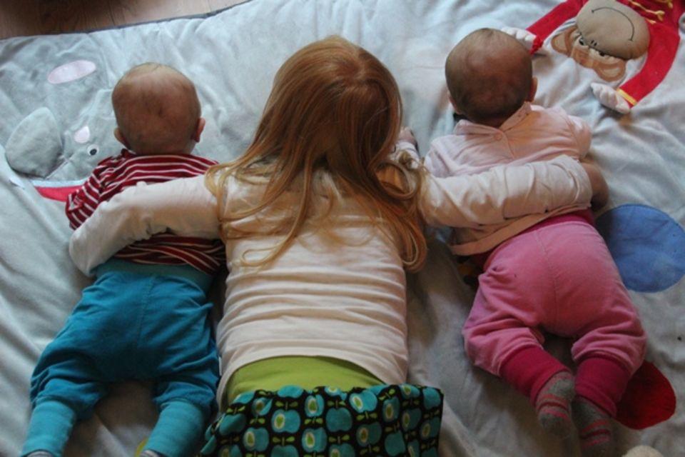 Daddylicious: Doppelt hält besser – Lesetipps für Zwillingseltern