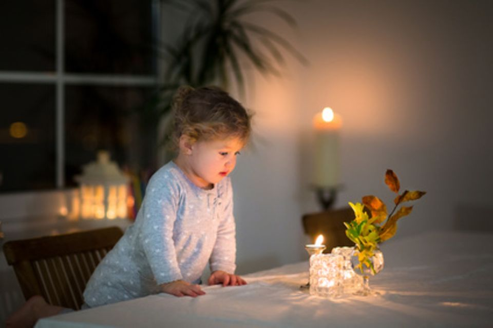 Daddylicious: Kerzen oder Elektro für Laterne und Tannenbaum?