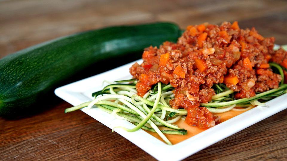 Pasta ohne Kohlenhydrate? Probieren Sie diese leckeren Zucchini-Nudeln