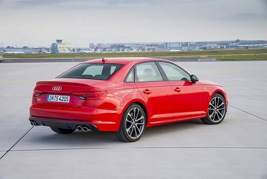 Audi S4 - 250 km/h Spitze