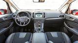 Das Cockpit des Ford S-Max.
