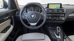 Typisches BMW-Cockpit, in dem man sich schnell zurechtfindet