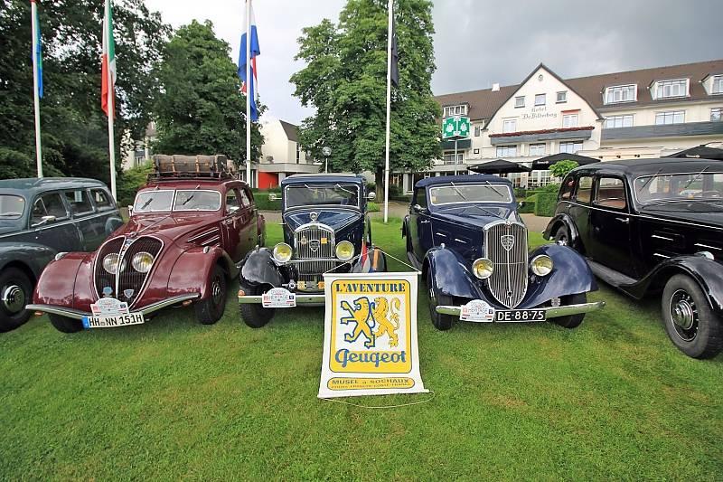 Zum L Aventure Peugeot-Meeting in Oosterbeek kamen viele, schöne Oldtimer.
