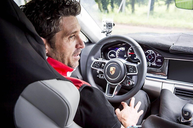Patrick Dempsey im neuen Porsche Panamera.