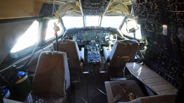 Cockpit der Convair CV-990