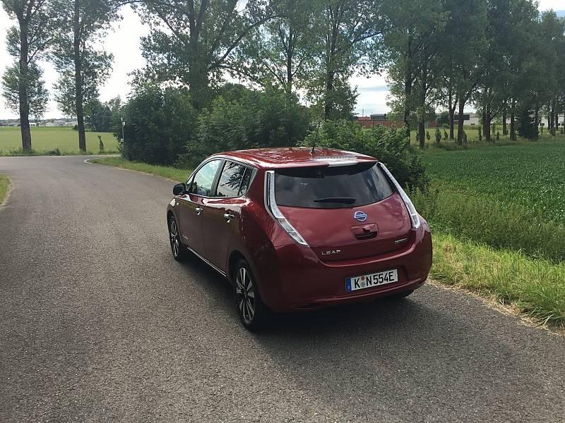 Nissan Leaf Jahrgang 2016 mit 250 km Reichweite