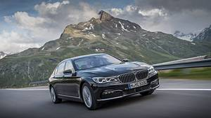 Der BMW 740Le xDrive iPerformance hat 240 kW /326 PS