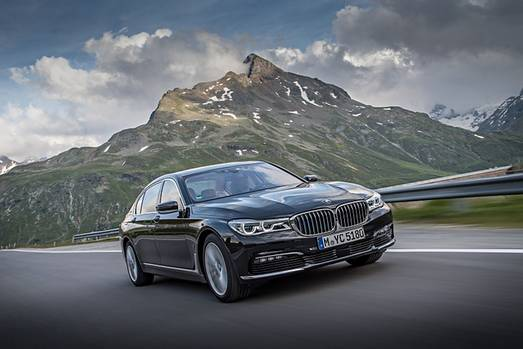 Der BMW 740Le xDrive iPerformance hat 240 kW /326 PS