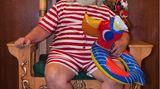 Was macht der Weihnachtsmann im Sommer? Er präsentiert sich auf der Convention als Summer Santa.