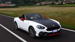 Nach 6.4 Sekunden erreicht der Fiat Abarth 124 Spider 100 km/H