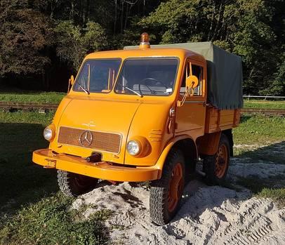 Unimog Baureihe 401 von 1952 - auch Sand bereitet keine Mühe