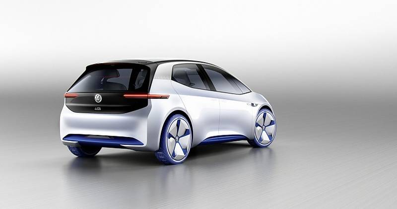 Die Konzeptstudie VW I.D. auf dem Pariser Automobilsalon 2016 soll eine Parallellinie vom VW Golf eröffnen