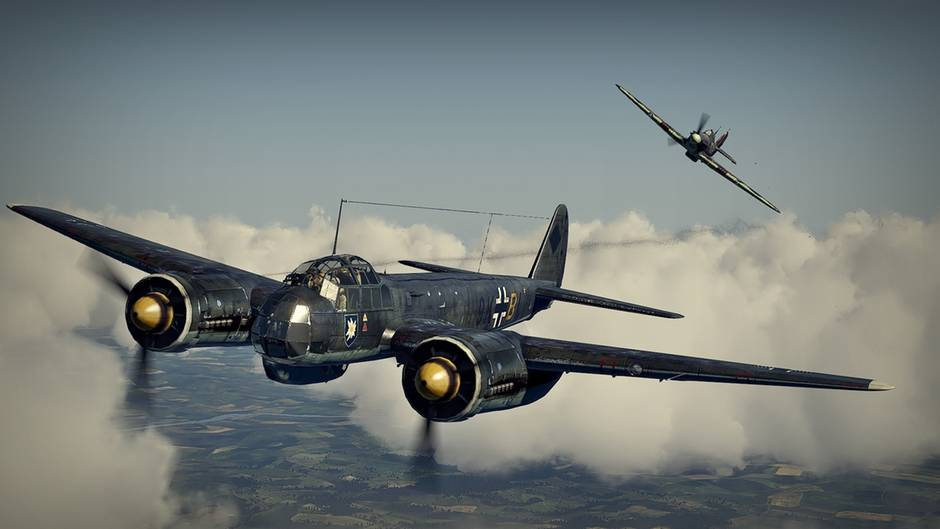 """A Hawker Hurricane is shooting down a Junkers Ju 88 - a typical situation in the flight simulator """"IL-2 Sturmovik: Cliffs of Dover"""" in which virtual pilots can engage in the Battle of Britain on both the German and/or British side."""