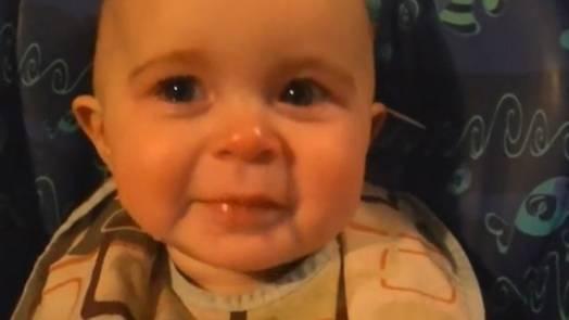 Michel blogue les pleurs de tous les bébés du monde avec la réaction de Louise Cardin/+/Éliane 87643-emotionalbaby524-jpg