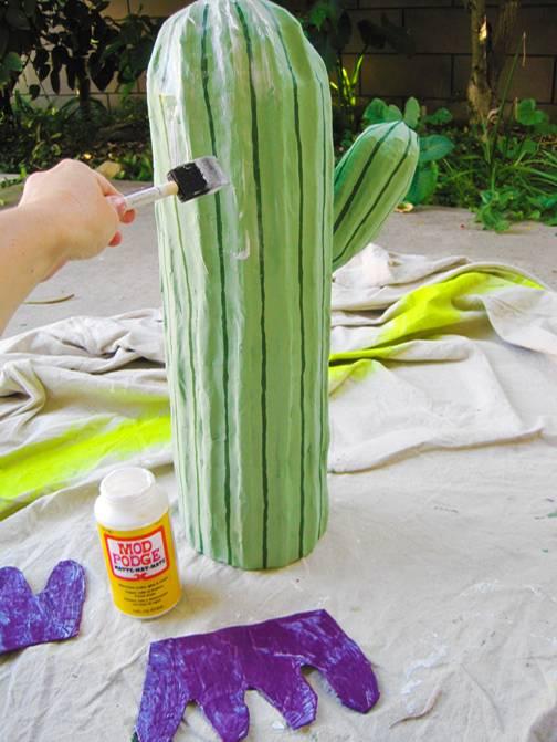 selber machen selber machen papp kaktus nido. Black Bedroom Furniture Sets. Home Design Ideas
