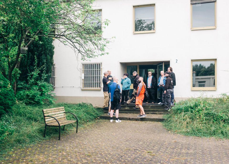 Politik: Ein ehemaliges Bürogebäude auf einem Industriegelände wird zum Tatort. Die Teilnehmer spielen hier die Opfer, damit sie keine Opfer werden.