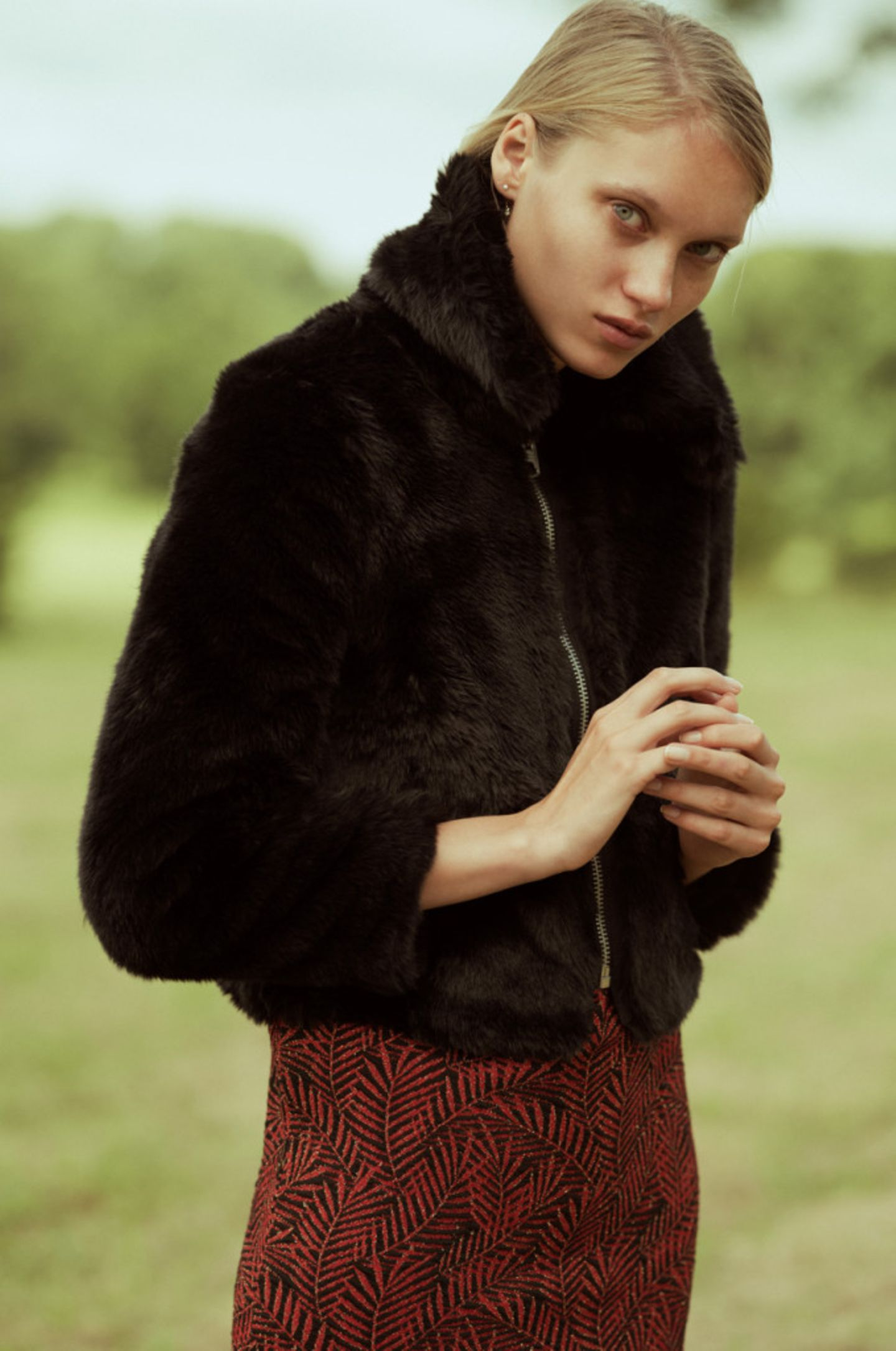"""Magazin: """"Ich weiß, was du diesen Herbst tragen wirst."""" So hübsch kann Horror sein – im Mode-Spezial gibt es neue Trends und drei Gruselgeschichten"""""""