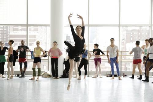 """""""Flesh and Bone"""" zeigt die Schattenseiten des Balletts"""
