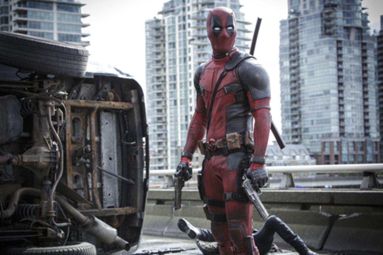 """Trotz Superhelden-Outfit ist """"Deadpool"""" eher der blödelnde Antiheld"""