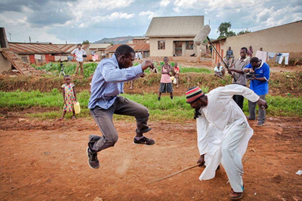 Zuhause: Der Kämpfer auf der rechten Seite ist Uncle Benon. Auch bekannt als Bruce U, »U« wie Uganda, statt »Lee«