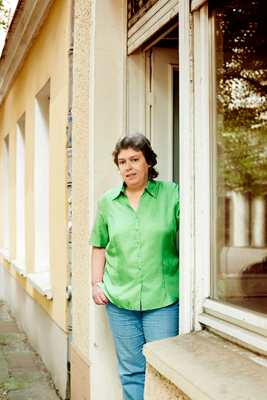 Politik: Die Veteranin: Claudia Dantschke von der Initiative Hayat.