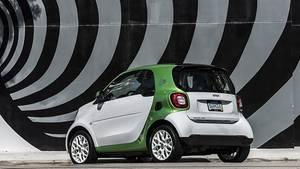 Im Unterboden des Smart Fortwo Electric Drive befindet sich eine Lithium-Ionen-Batterie