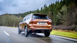 Der Nissan X-Trail 2.0 dCi ist mit dem CVT-Getriebe bis zu 196 km/h schnell