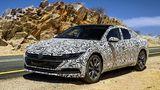 VW Arteon Prototyp - markante Front mit LED-Augen