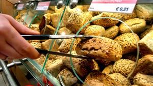 Brötchen vom Supermarkt oder dem Backshop