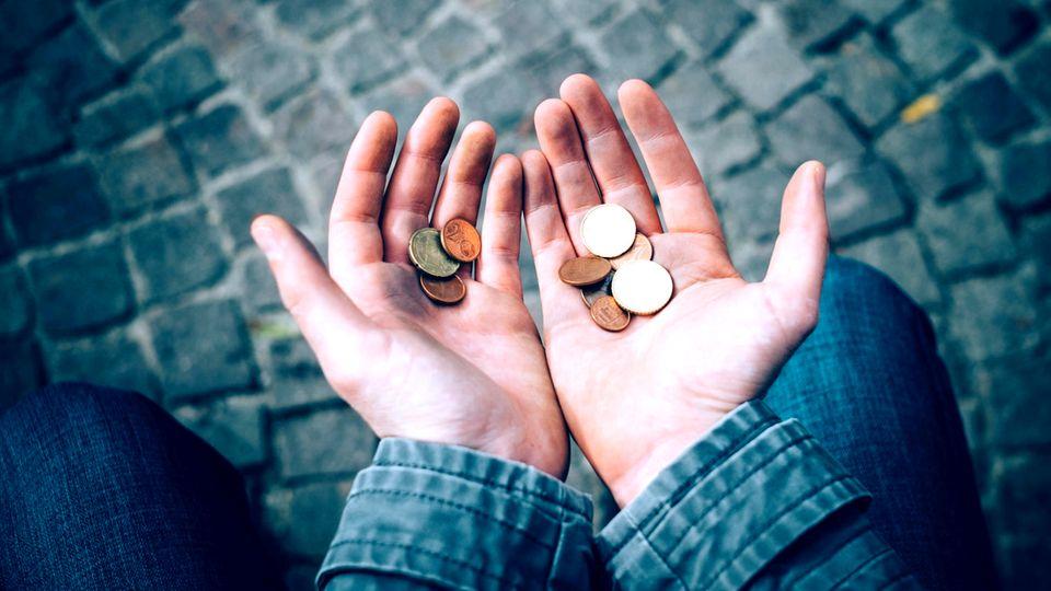 Armut: Ab wann ist man arm?