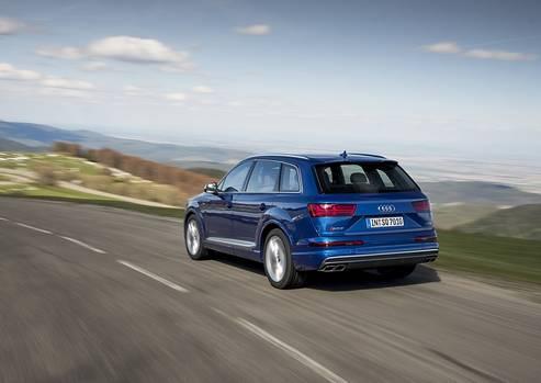 Audi S Q7 - 250 km/h Hächstgeschwindigkeit