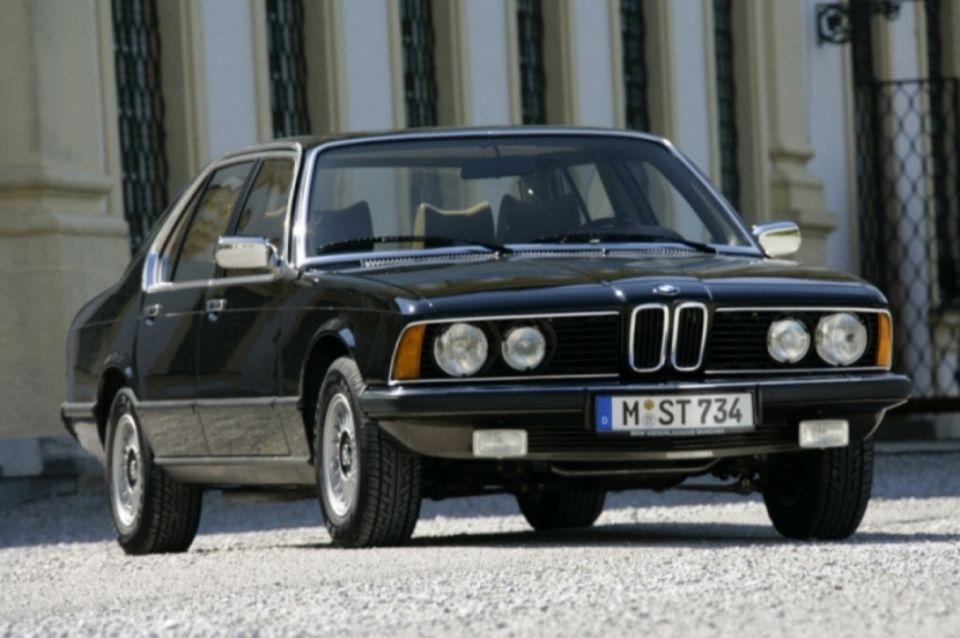 BMW 733i der Baureihe E23 von 1977