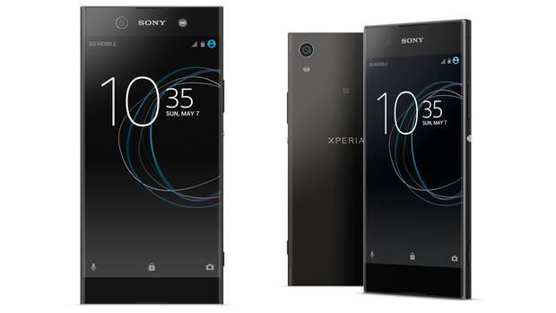 Vorder- und Rückseite des Sony Xperia XA1 Ultra und des Sony Xperia XA1