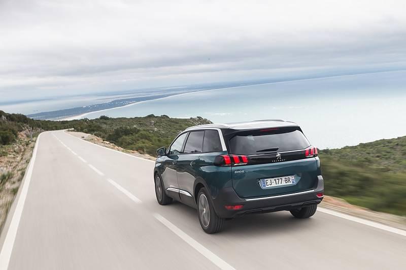 Peugeot 5008 2.0 HDI - der Zweiliter-Diesel passt gut zu dem Franzosen