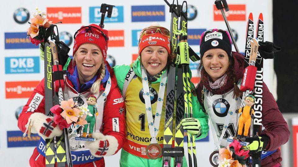 Laura Dahlmeier in der Mitte: Das Sprint-Podium beim Biathlon-Weltcup in Pyeongchang