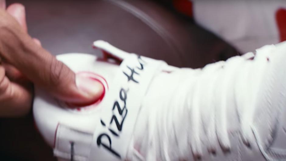 Pizza bestellen Sneaker