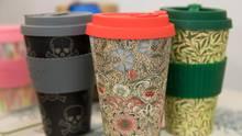 Drei verschiedene Modelle von  Mehrweg-Kaffeebechern