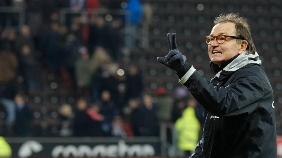 Ewald Lienen FC St. Pauli