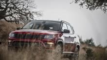 Das Design des Jeep Compass orientiert sich an dem Des Grand Cherokee