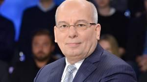 """Rainer Wendt, Vorsitzender der Deutschen Polizeigewerkschaft, zu Gast in der ZDF-Talksendung """"Maybritt Illner"""""""