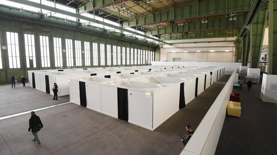 Unterkunft für Flüchtlinge auf dem Tempelhofer Feld in Berlin