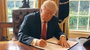 Donald Trump unterzeichnet neues Einreisedekret