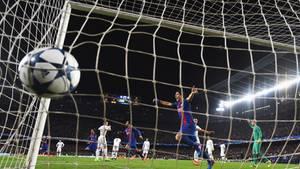 Barcelonas Tor zum 6:1 gegen Paris St. Germain