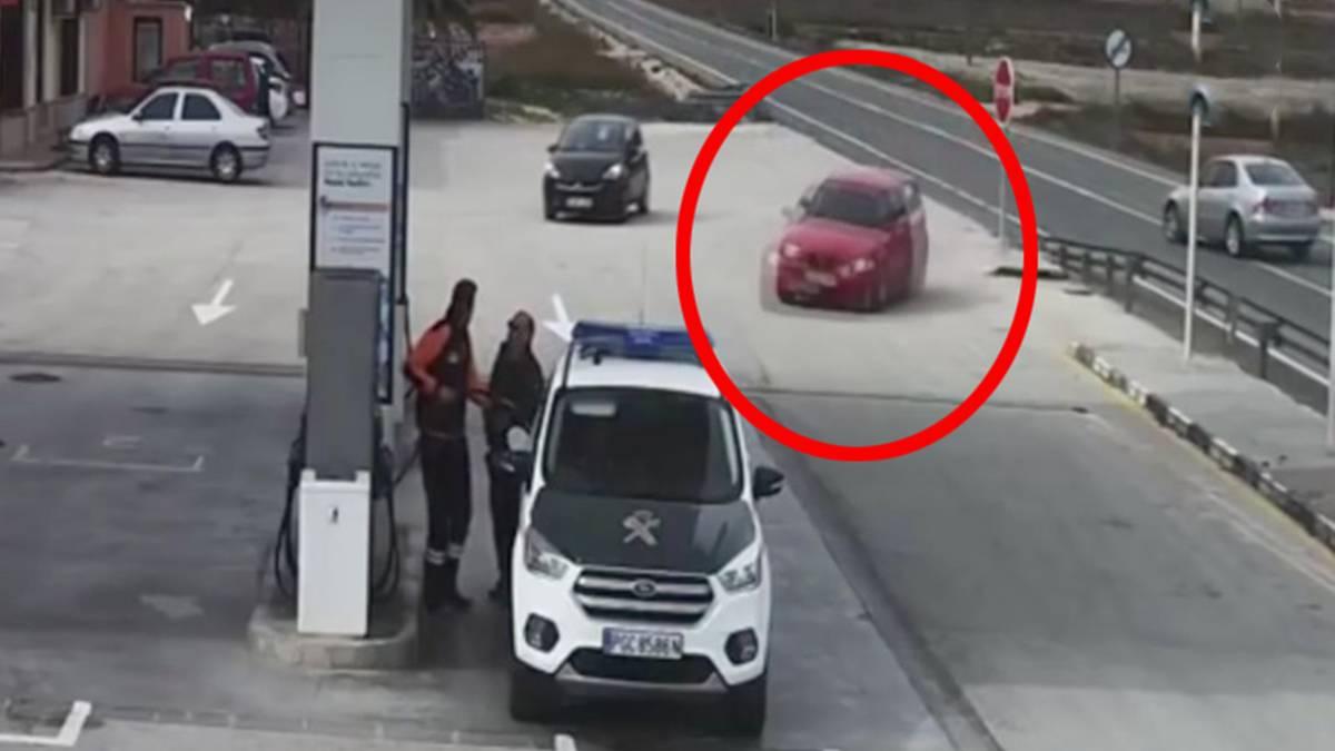 gerüche im auto entfernen: so werden sie lästigen gestank wieder