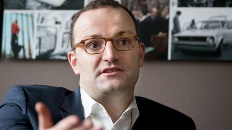 Seit Tagen einem Shitstorm ausgesetzt: CDU-Politiker Jens Spahn muss wegen einer Äußerung zur Abschiebung von Flüchtlingen nach Afghanistan reichlich Kritik einstecken.