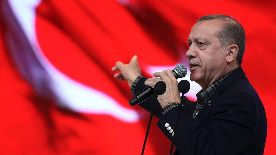 Erdogan droht den Niedelanden mit Landeverboten für niederländische Flugzeuge in der Türkei